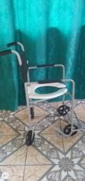 Título do anúncio: Cadeira de banho para cadeirante