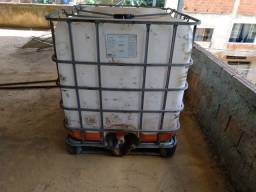 Reservatório 1000 litros gradeado