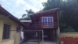 Casa de madeira para retirar