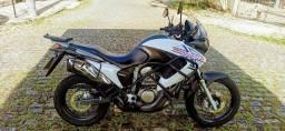 Título do anúncio: Moto TRANSALP 700