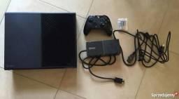Xbox ONE C/ Fifa 18 e forza Horizon 3