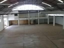 Aluga-se Galpão na Areinha 1.200 m2