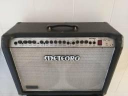 Oportunidade Amplificador de Guitarra METEORO em excelente estado