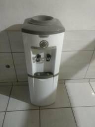 [12/11 18:20] + *: Vende-se um Gela agua com tombo Esmalte e a marcar Déli