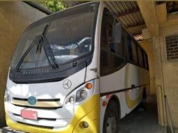 Mercedes benz LO712 2010 - 2010