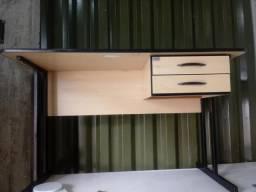 Mesa pra escritorio