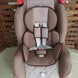Poltrona Cadeira Veicular Tutti Baby Atlantis 9 a 25kg Reclinável cor Marrom