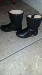 Sapatos de meninas perfeito estado