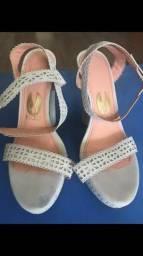 Sandálias novas marcas variadas