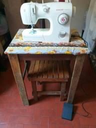 Máquina de.costura Singer completa