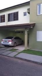 Casa em condomínio fechado sevilla
