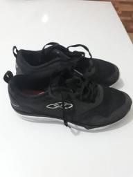 Sapatos e sandalias (preço baixo)