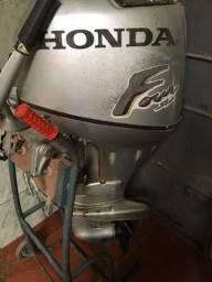 Motor Honda 30 hp - R$ 13.000,00 - 4 tempos - 2006