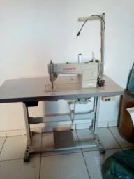 Vendo esta máquina tá nova 900 reais zp 93386599