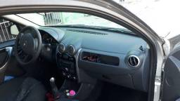 Renault Sandero 1.6 8V - 2012