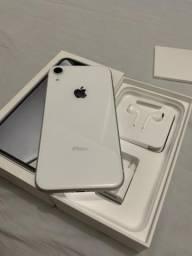 IPhone XR 128gb impecável 1 mês de uso
