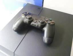 Playstation 4 - Modelo Fosco, 2 controles ? 53 Jogos internos + PSN 1 ANO
