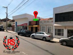 Casa no Centro de Bezerros - Oportunidade para Comercio - 360 mil