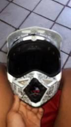 Vende-se capacete de trilha