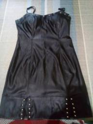 Vendo vestido de couro