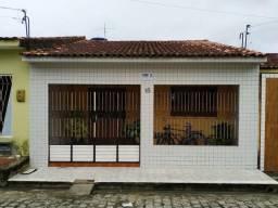 Título do anúncio: Casa no Bairro Santos Dumont com 3 Quartos