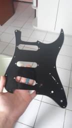 Escudo preto 3 camadas para stratocaster