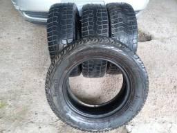 Título do anúncio: Pneus Pirelli Scorpion 205/65 R15
