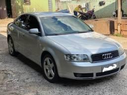 Título do anúncio: Audi A4 modelo limousine 2.4 V6 (raridade)