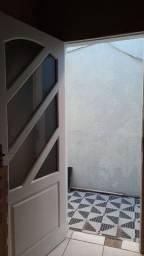 ALUGUEL - Casa com 1 dormitório. Piratininga - Niterói/RJ