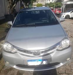 Etios Platinum Sedan - 2014 - 1.5 (Flex)