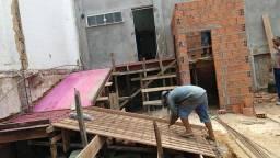 Título do anúncio: Pedreiro Profissional, Menor Preço de Manaus, Azulejo, Ceramica, Reboco, Chapisco, Etc