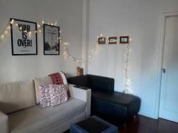 Apartamento reformado e mobiliado no Flamengo