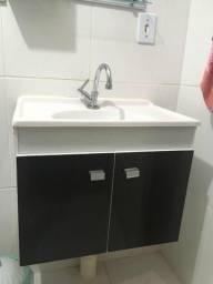 Armário de banheiro completo