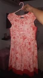 Vende-se Vestidos infantis, tamanho 10 anos
