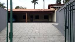 Casa Linear com 02 quartos -Itaipava - Petrópolis -RJ