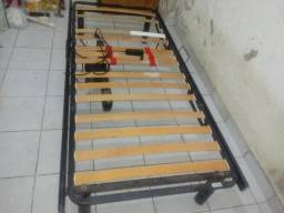 Vendo cama automatica para reabilitação domiciliar.