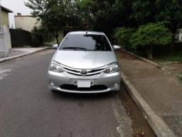 Toyota Etios HB XLS 1.5 automático 16/17 - 2017