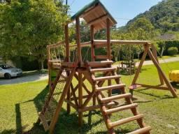 Playgrounds pra todo,Rio e São Paulo.