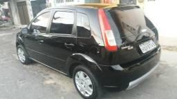 Ford Fiesta ano 2008 básico - 2008
