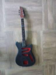 Guitarra tonante (carcaça)