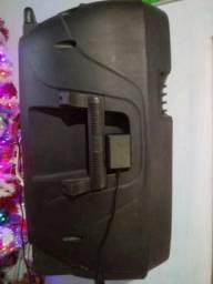 Vendo caixa amplificada da Multilaser 300w mais tri pé Bluetooth entrada USB radio