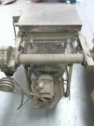 Máquina de relevo americano