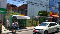 Terreno na Rua direta de Tancredo Neves, área total 327m2, localizado na rua principal