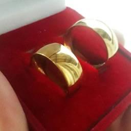 Alianças de aço inoxidaveis banhadas com ouro 18k