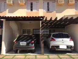 Sobrado no condomínio Aripuanã com 03 qtos/suíte,02 vagas de garagem, Jardim Itália.