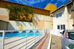Apartamento de 2 dormitórios localizado na Praia de Bombas em Residencial com Piscina