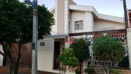 8021 | Sobrado à venda com 4 quartos em Zona 20, Maringá