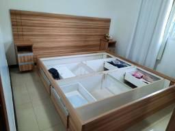 Cabiceira de cama e nichos