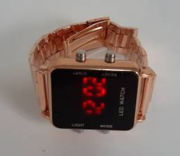 Relógio Feminino Digital Quadrado Led Barato