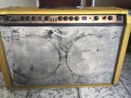 Amplificador Behringer V-tone Gmx212